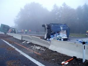 2007-10-10-verkehrsunfall-westautobahn-2