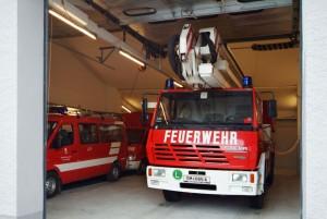feuerwehrhaus-fahrzeughalle1