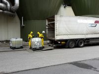 2016-07-04 PM4 Chemikaliencontainer